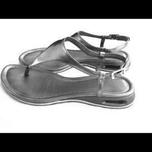 Cole Haan Nike Air thong sandals 6.5 B